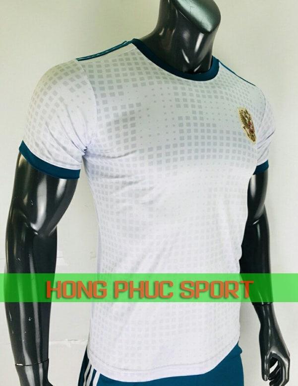 Ngực áo tuyển Nga sân khách World Cup 2018 màu trắng