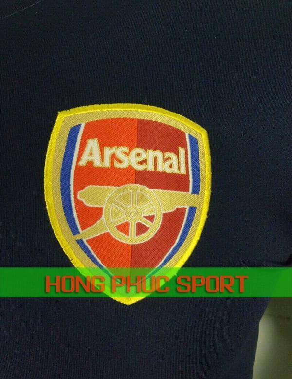 Logo áo đấu Arsenal sân khách 2018 2019 màu tím than