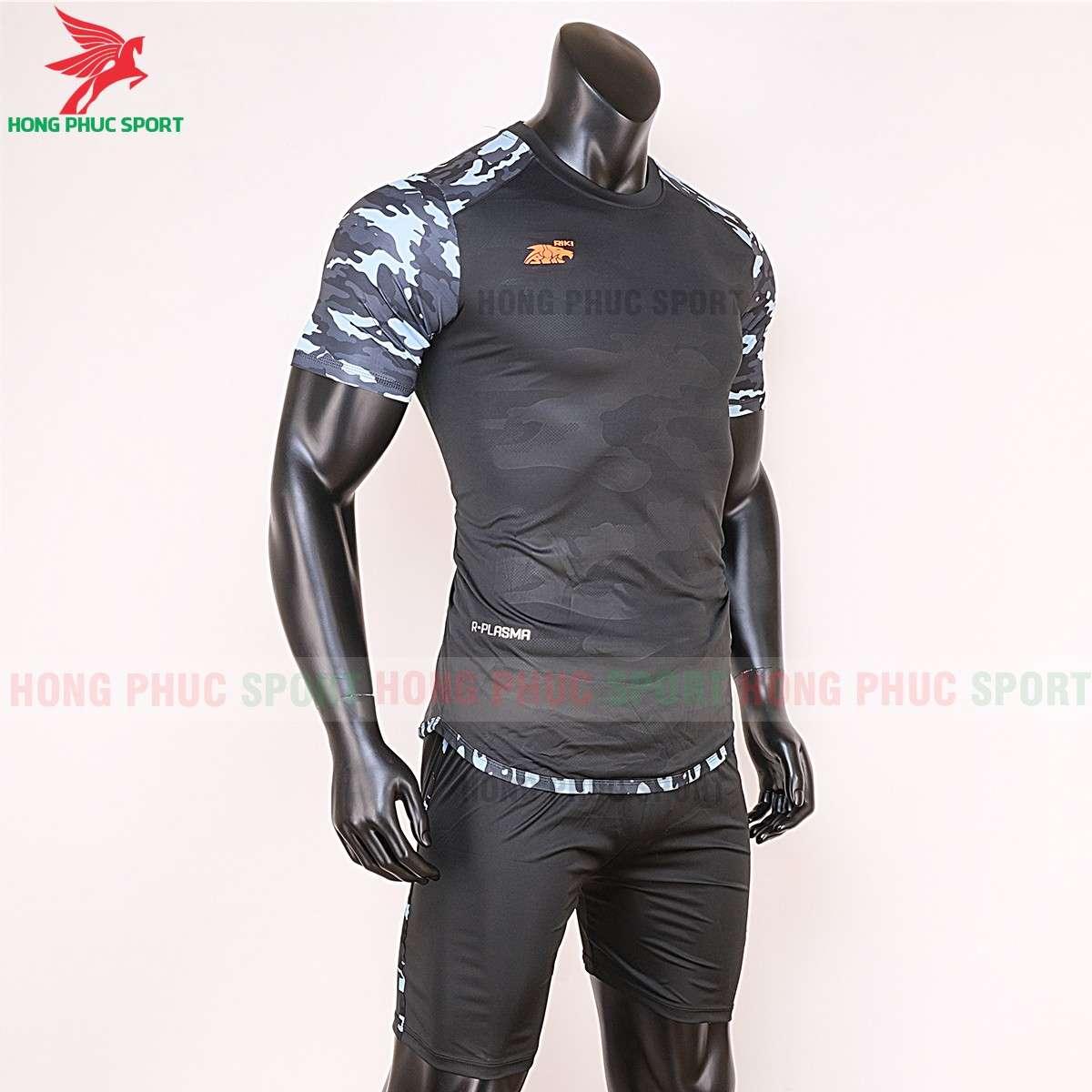 Áo đá banh không logo 2020 Riki Camor đen