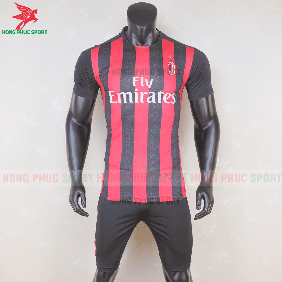 Áo bóng đá AC Milan 2020 2021 sân nhà