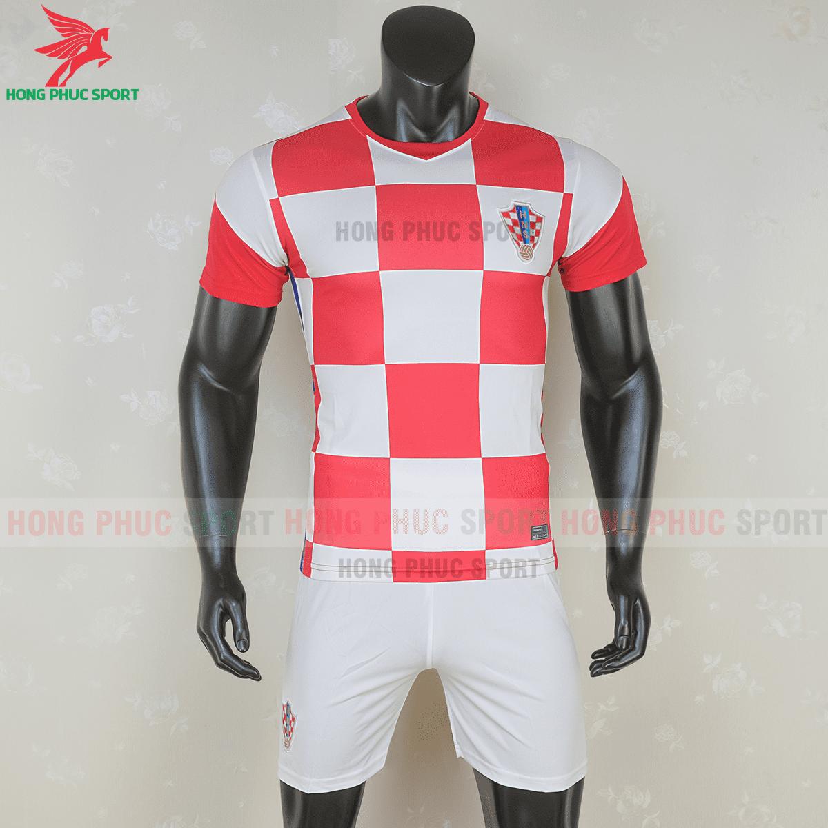 Áo đấu tuyển Croatia 2021 sân nhà