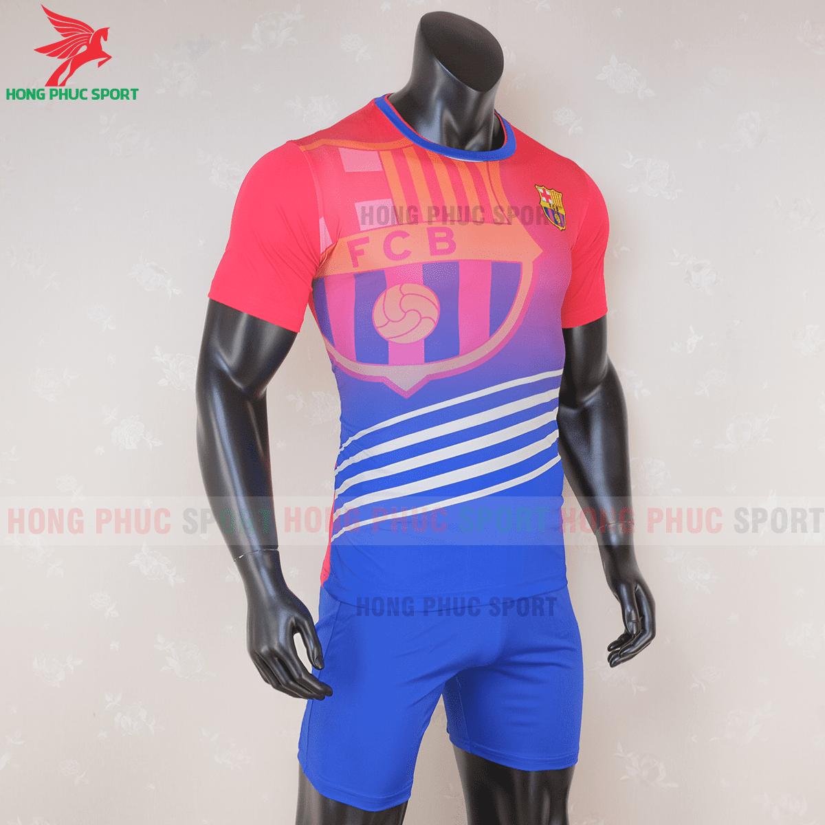 Áo đấu Barcelona 2020 2021 phiên bản FAN mẫu 3(phải)