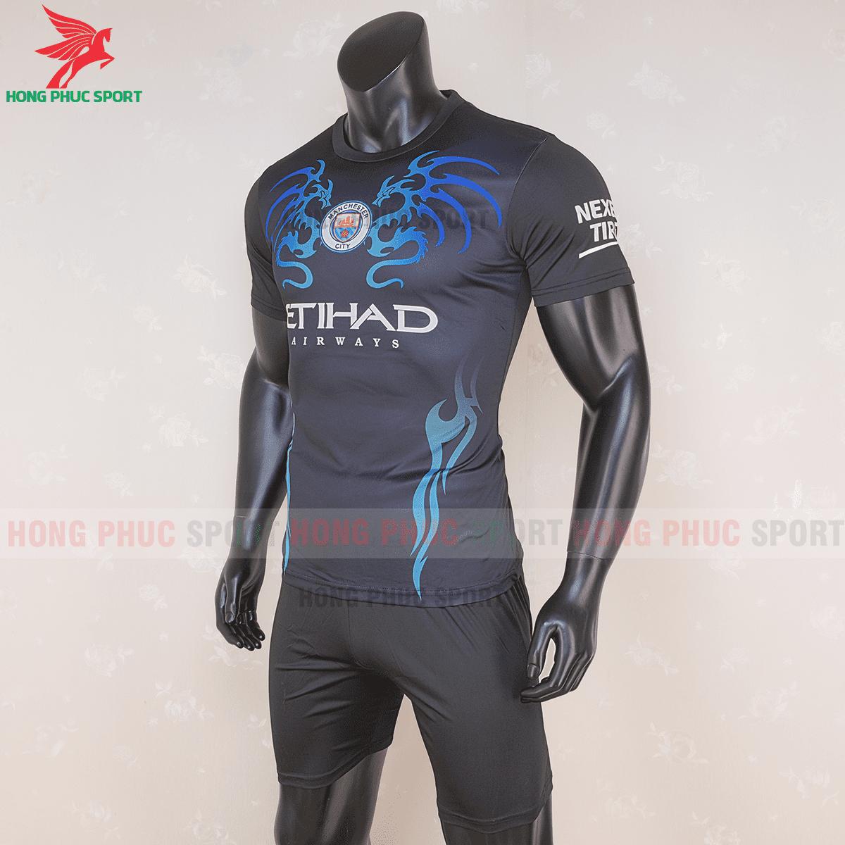 Áo đáu Manchester City 2020 2021 mẫu thứ 3(trái)