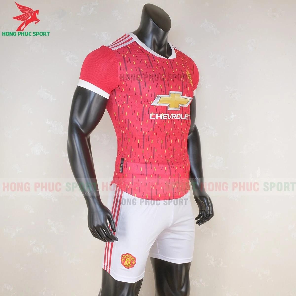 áo đấu MU 2020 2021 mẫu 2(phải)