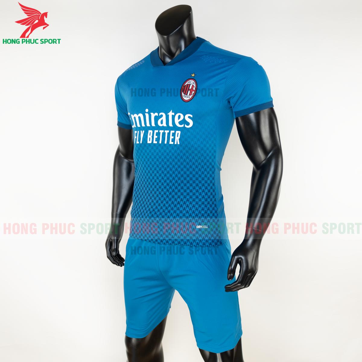 Áo bóng đá AC Milan 2020 2021 mẫu thứ 3 (trái)