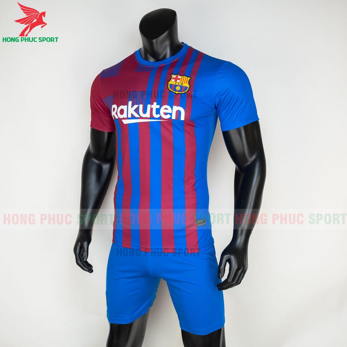Áo đấu Barcelona 2021 2022 sân nhà (trái)