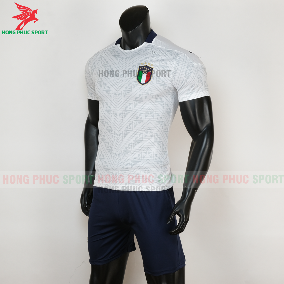 Áo đấu tuyển Italia 2020 sân khách (trái)