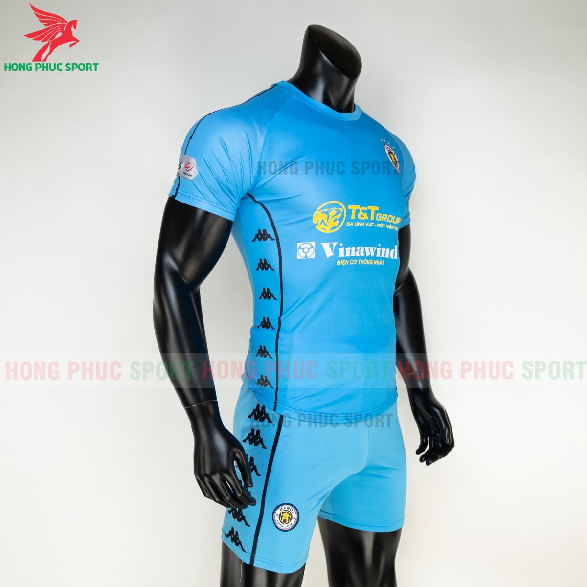 Áo đấu CLB Hà Nội 2021 xanh ngọc (phải)