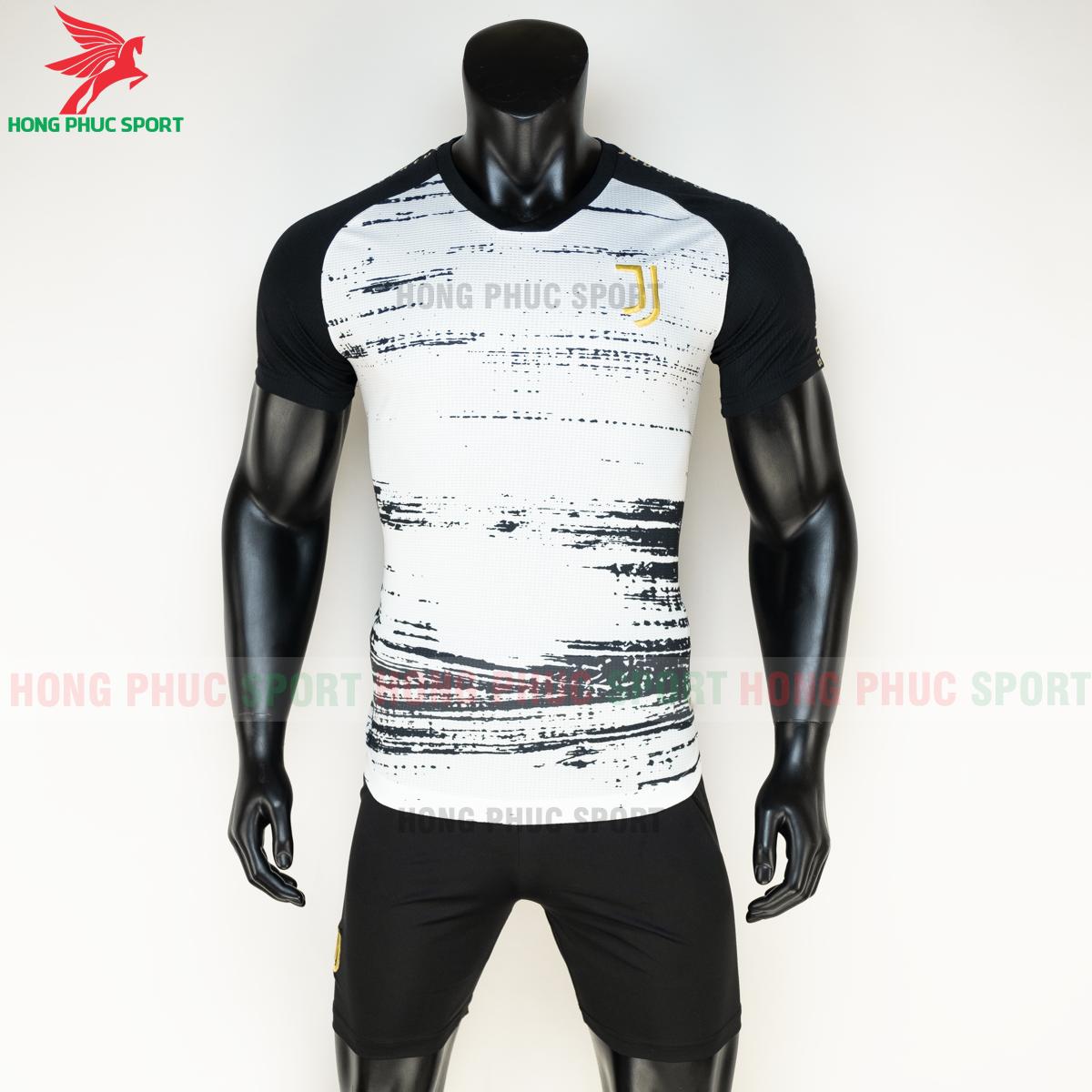 Áo bóng đá Juventus 2020 2021 Pre-match (trước)