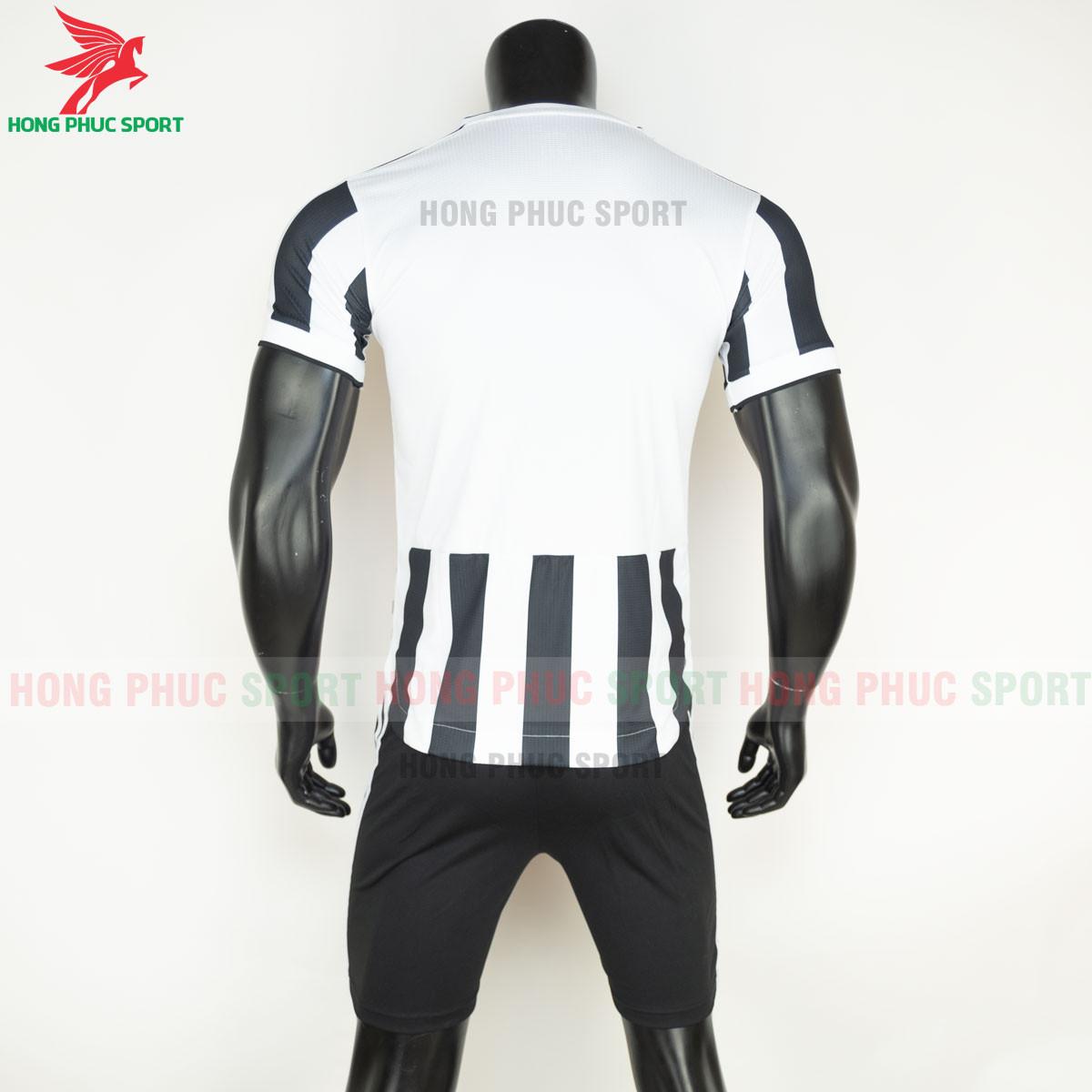 Áo đấu Juventus2021 2022 sân nhà (sau)