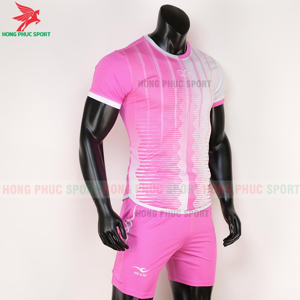 Áo Keep&Fly Razy 2020 hồng trắng (phải)