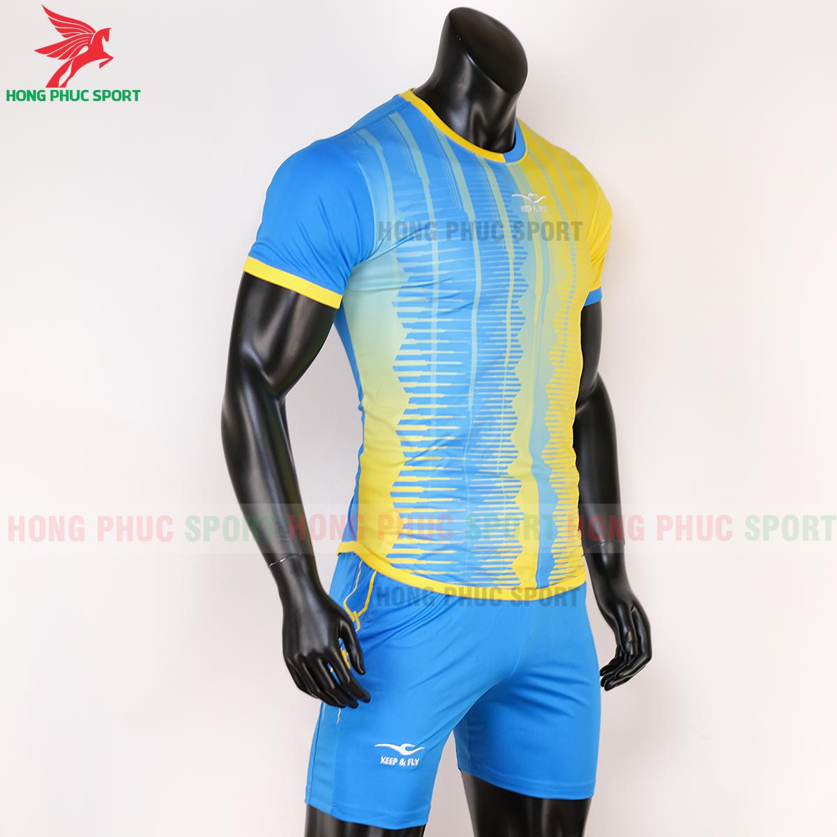 Áo Keep&Fly Razy 2020 vàng - xanh ngọc (phải)