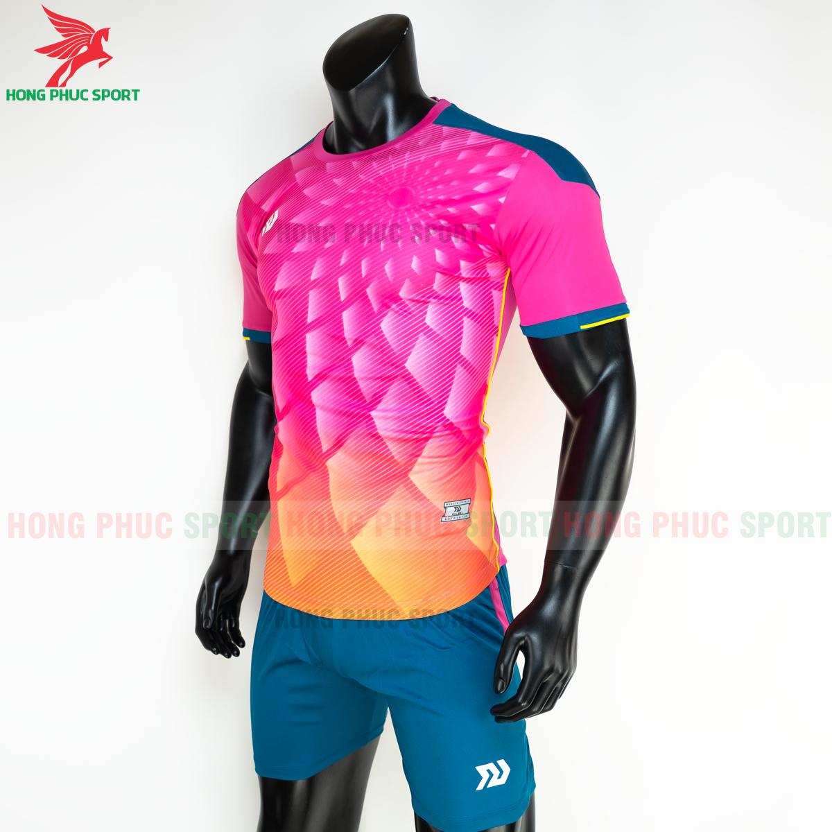 Áo đá banh không logo Bulbal Lotus 2021 màu Hồng (trái)