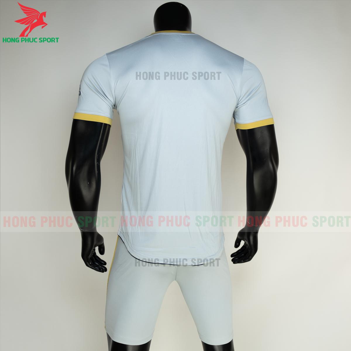 Áo đá banh không logo RIKI FURIOR 2021 màu trắng (sau)