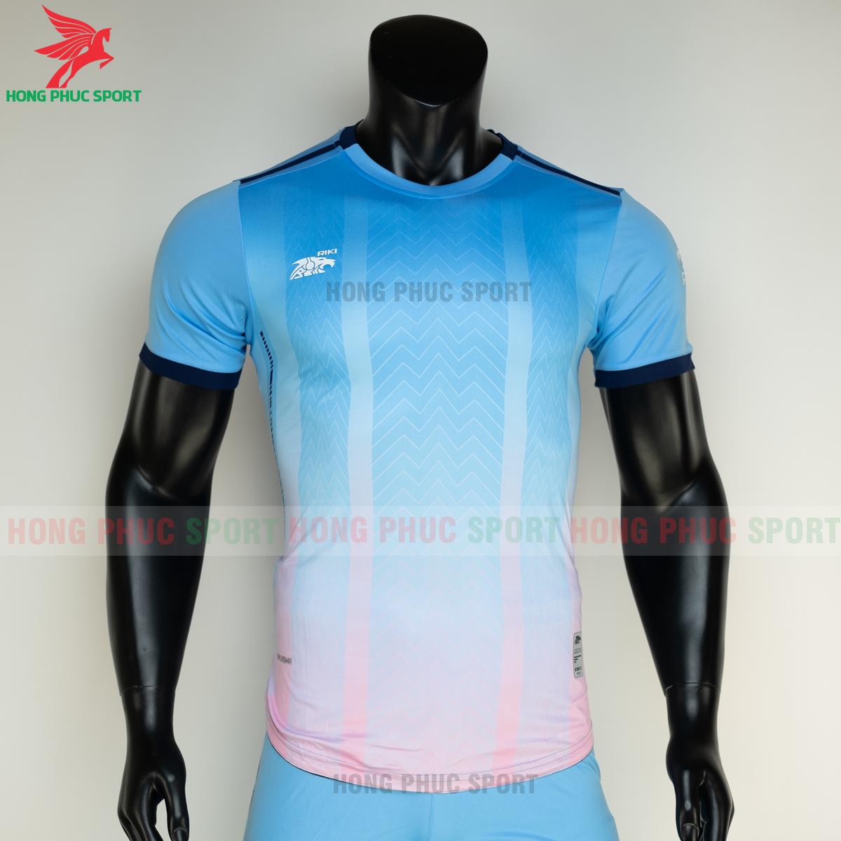 Áo đá banh không logo RIKI FURIOR 2021 màu Xanh da (trước)