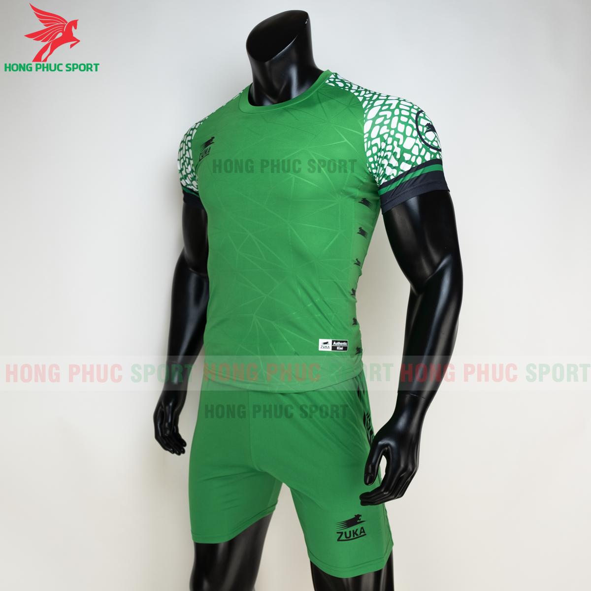 Áo đá banh không logo ZUKA 022021 màu Xanh lá (trái)