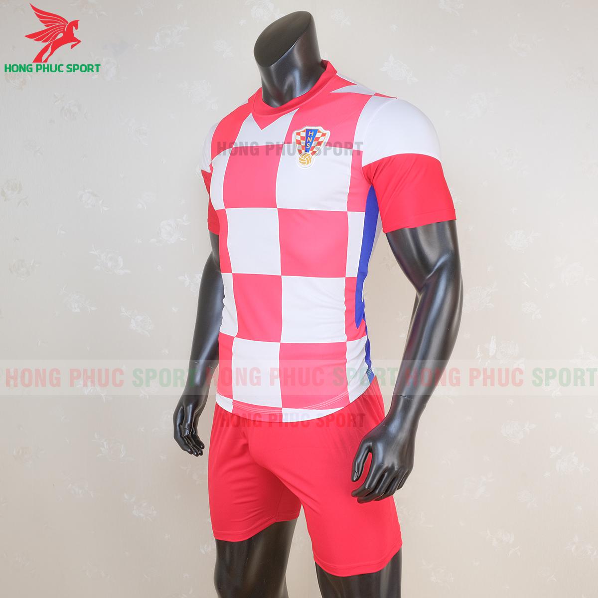 Áo đấu tuyển Croatia 2020 sân nhà 2 (trái)