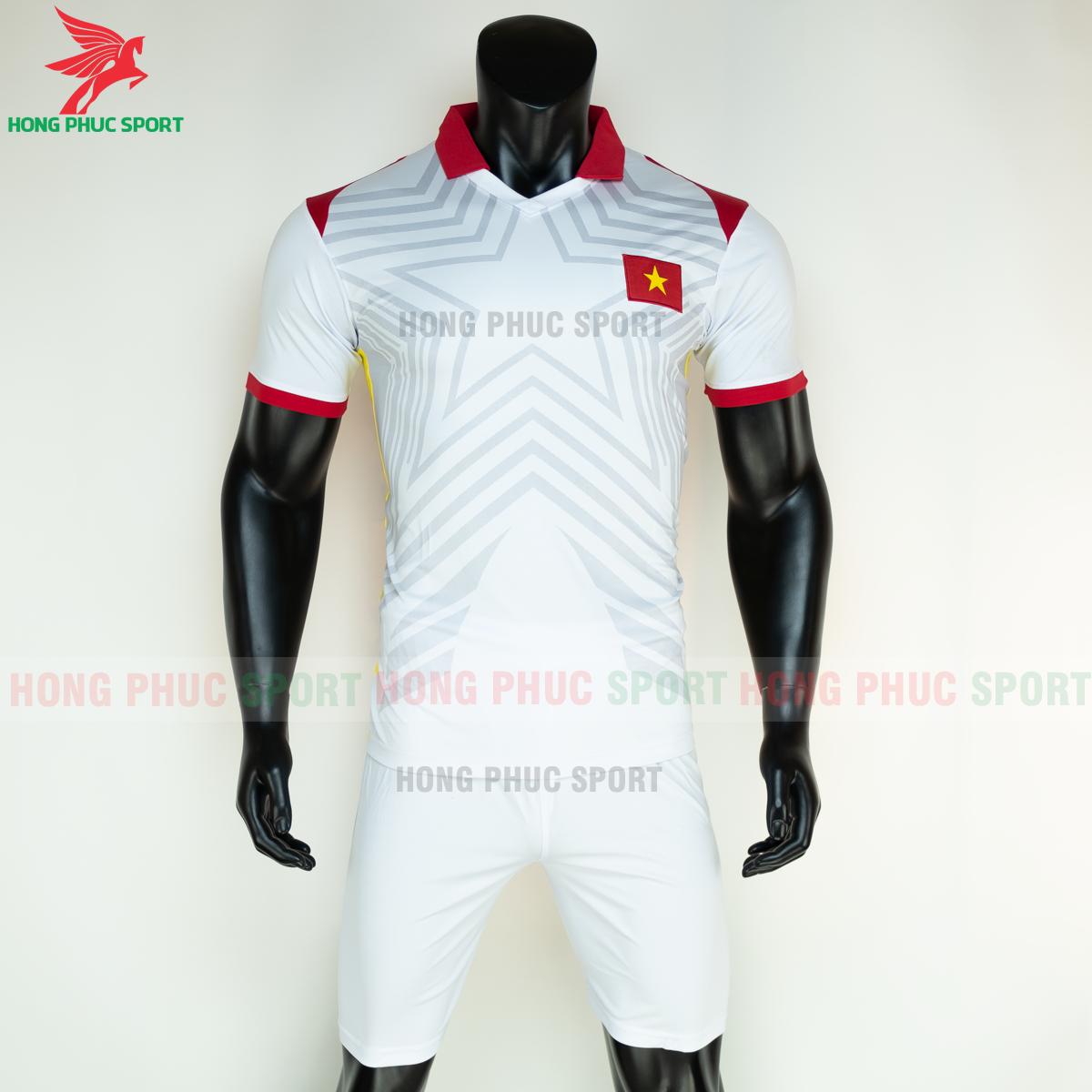 Áo bóng đá tuyển Việt Namsân khách 2021(trước)
