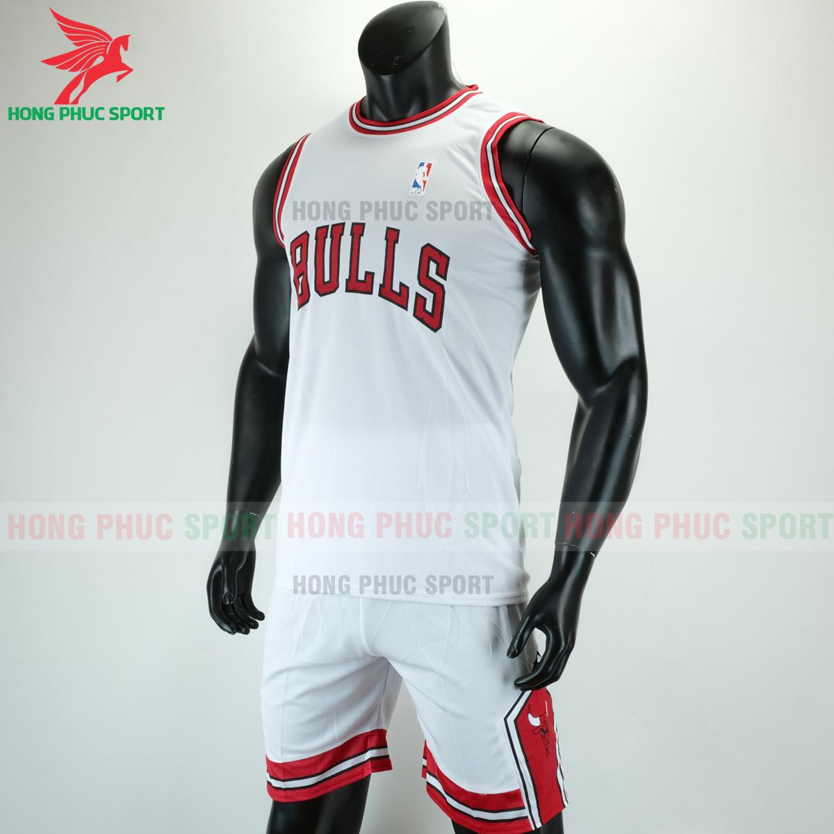 Áo bóng rổ Bulls 2020 màu trắng (trái)