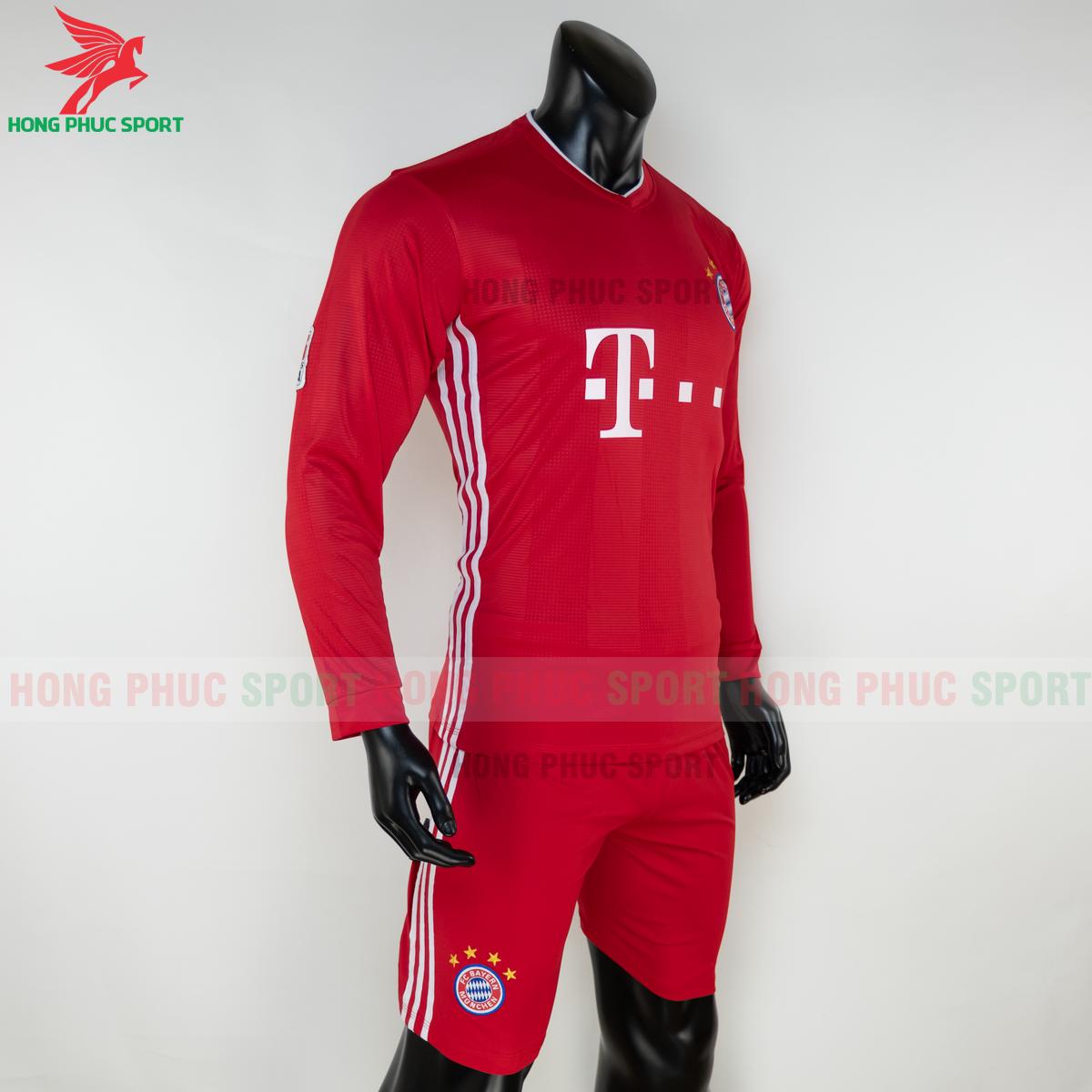 Áo đấu dài tay Bayern Munich 2020 2021 sân nhà (phải)