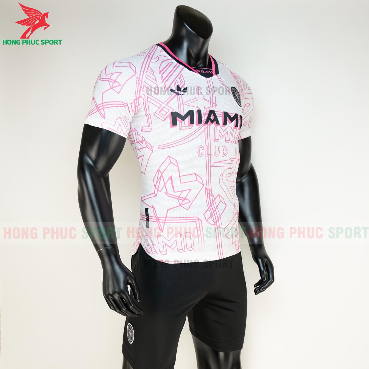 Áo đá banhInter Miami2020 2021 phiên bản fan (phải)
