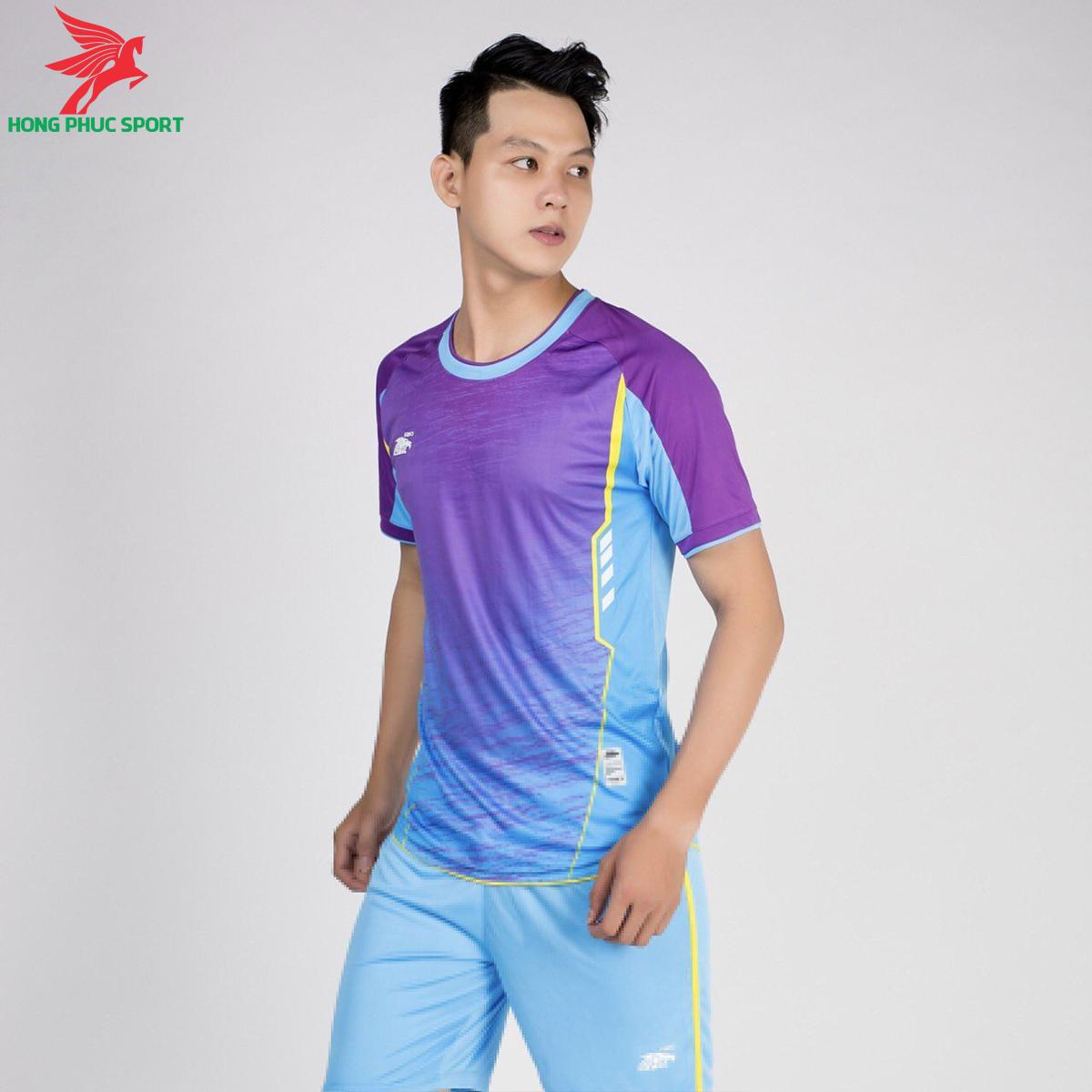 áo bóng đá không logo Riki Grambor Xanh da phối tím