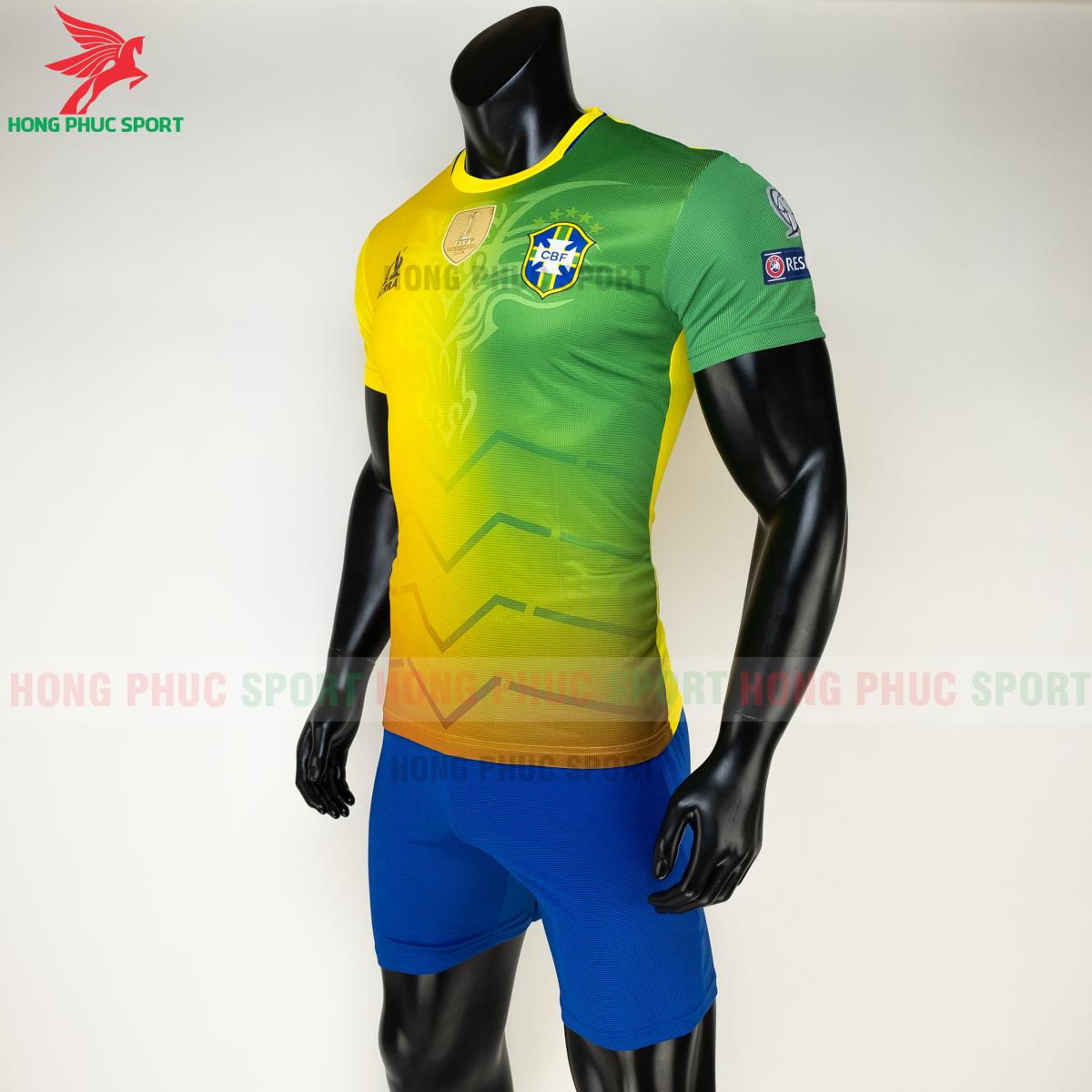 Áo tuyển Brazil 2020 phiên bản Fan hàng dệt (trái)
