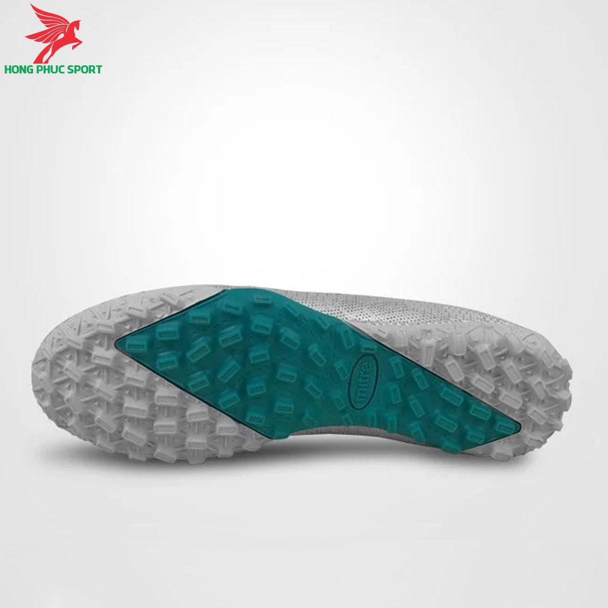 Giày đá banh Mitre 190420 màu bạcđế TF (3)