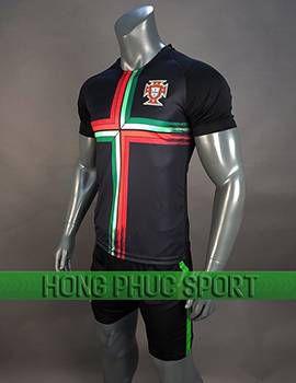 https://cdn.hongphucsport.com/unsafe/cdn.hongphucsport.com/dothethao.net.vn/wp-content/uploads/2017/12/ao_training_tuyen_Bo_Dao_Nha_world_cup_2018_mau_den_270x350.jpg