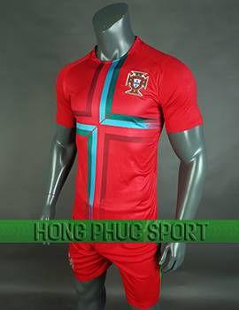 https://cdn.hongphucsport.com/unsafe/cdn.hongphucsport.com/dothethao.net.vn/wp-content/uploads/2017/12/ao_training_tuyen_Bo_Dao_Nha_world_cup_2018_mau_do_270x350.jpg