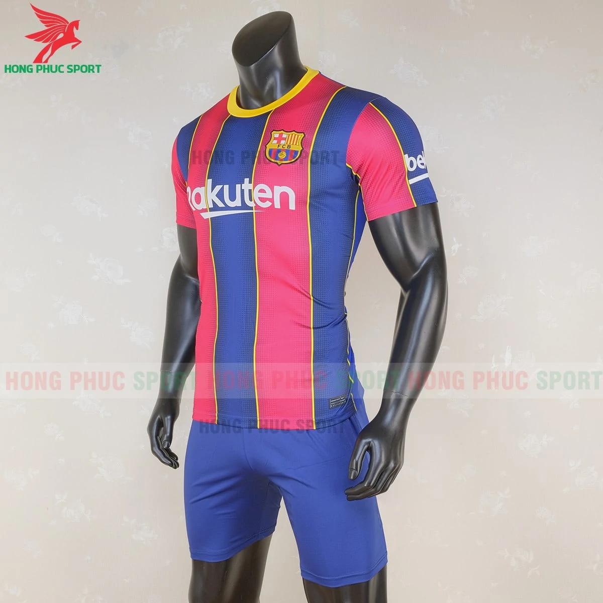 https://cdn.hongphucsport.com/unsafe/s4.shopbay.vn/files/285/ao-barcelona-2020-san-nha-hang-thailand-3-5f7305bcbcc5e.png