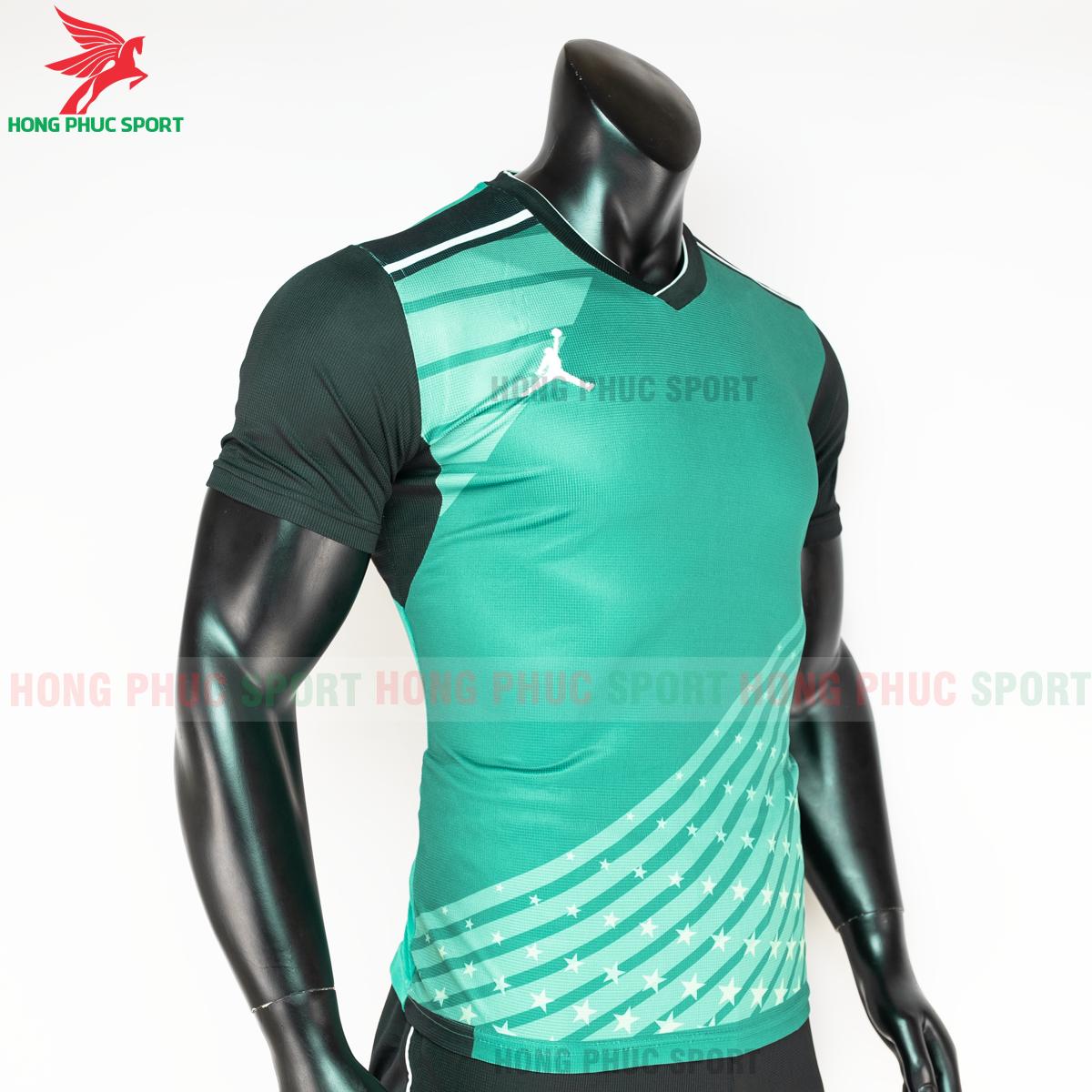 https://cdn.hongphucsport.com/unsafe/s4.shopbay.vn/files/285/ao-bong-chuyen-jordan-20-21-hang-det-mau3-5-5faf43c005eef.png