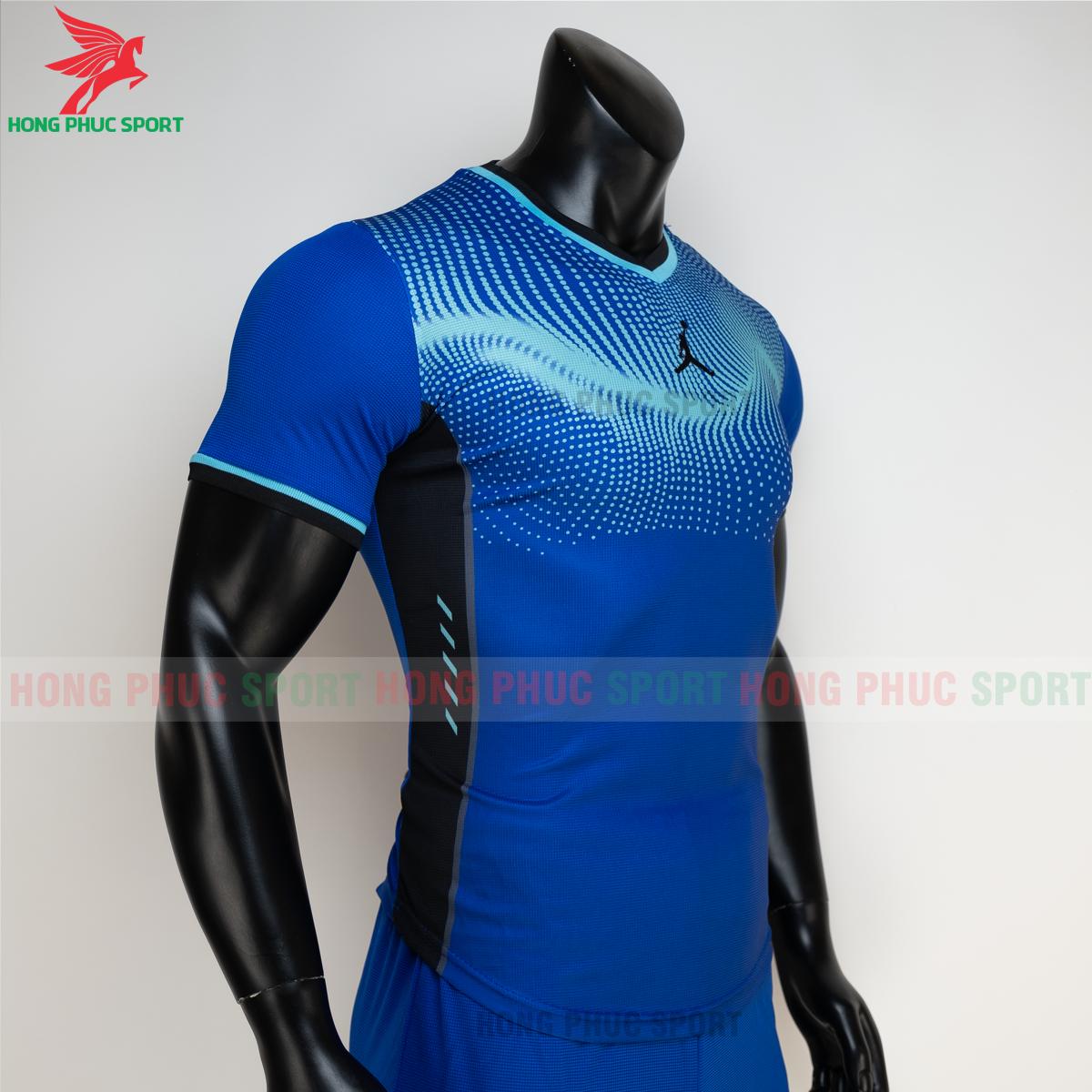 https://cdn.hongphucsport.com/unsafe/s4.shopbay.vn/files/285/ao-bong-chuyen-khong-logo-jordan-wave-mau-xanh-duong-5-605021c21a56a.png