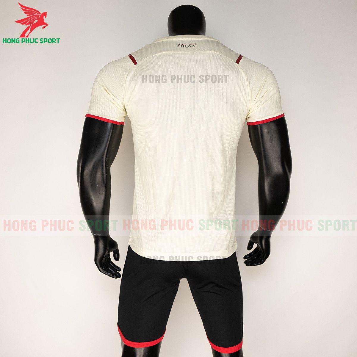 https://cdn.hongphucsport.com/unsafe/s4.shopbay.vn/files/285/ao-bong-da-ac-milan-2021-22-san-khach-thailand-615593f220ad1.jpg