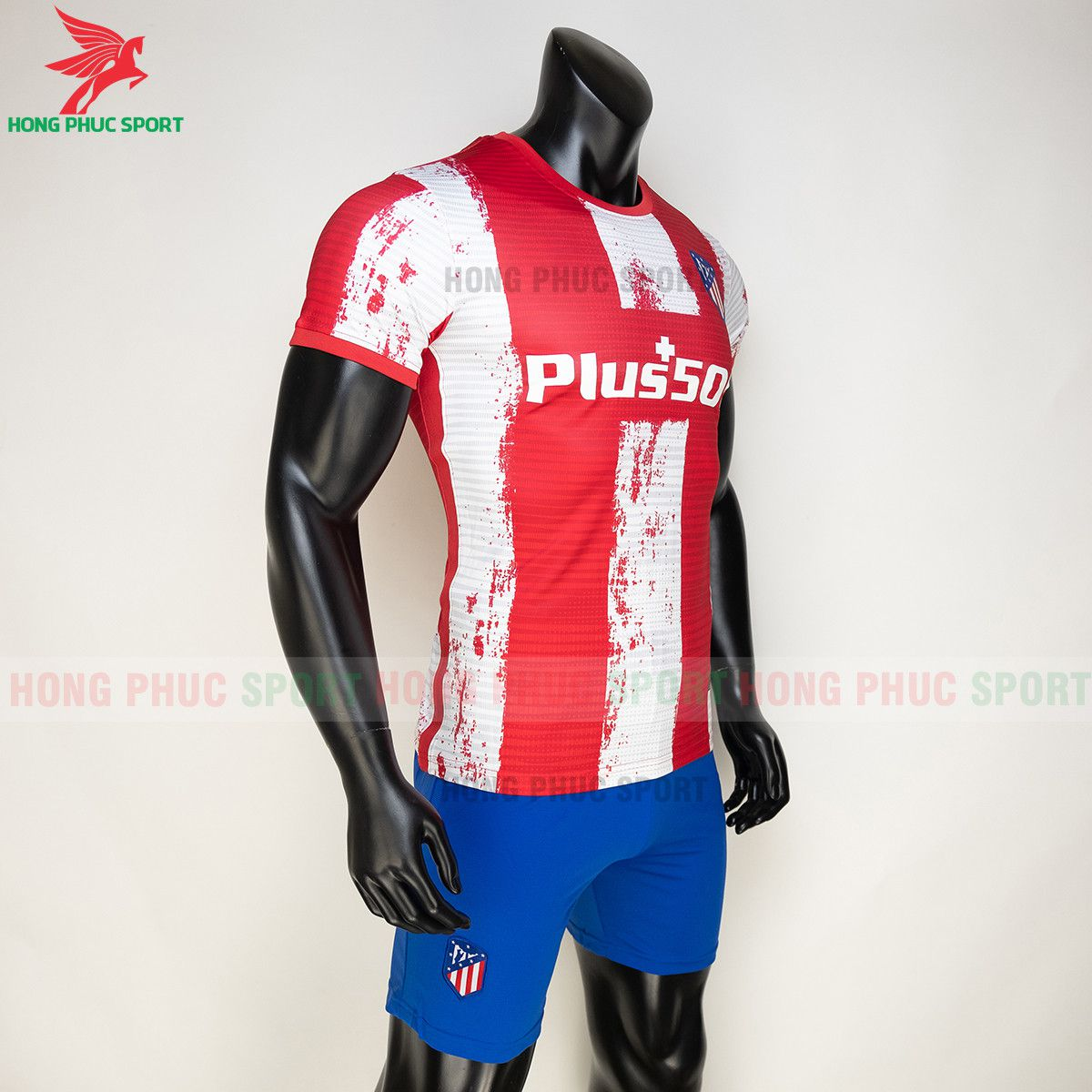 https://cdn.hongphucsport.com/unsafe/s4.shopbay.vn/files/285/ao-bong-da-atletico-madrid-2021-22-san-nha-thailand-4-61558e8c3768e.jpg