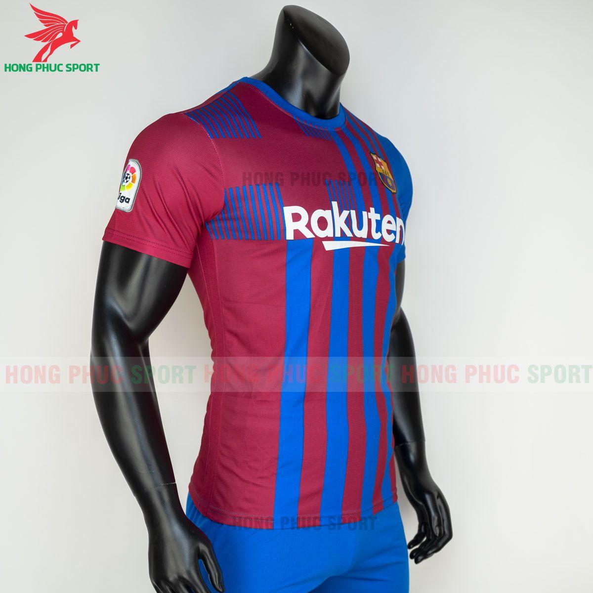 https://cdn.hongphucsport.com/unsafe/s4.shopbay.vn/files/285/ao-bong-da-barcelona-2021-2022-san-nha-hang-thai-5-60d2fceea833a.jpg