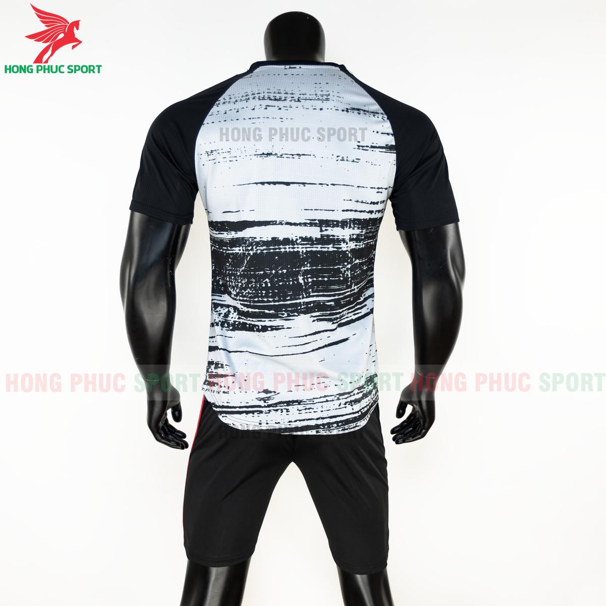 https://cdn.hongphucsport.com/unsafe/s4.shopbay.vn/files/285/ao-bong-da-bayern-munich-2020-2021-pre-match-hang-thailand-8-5f8febfe17629.png