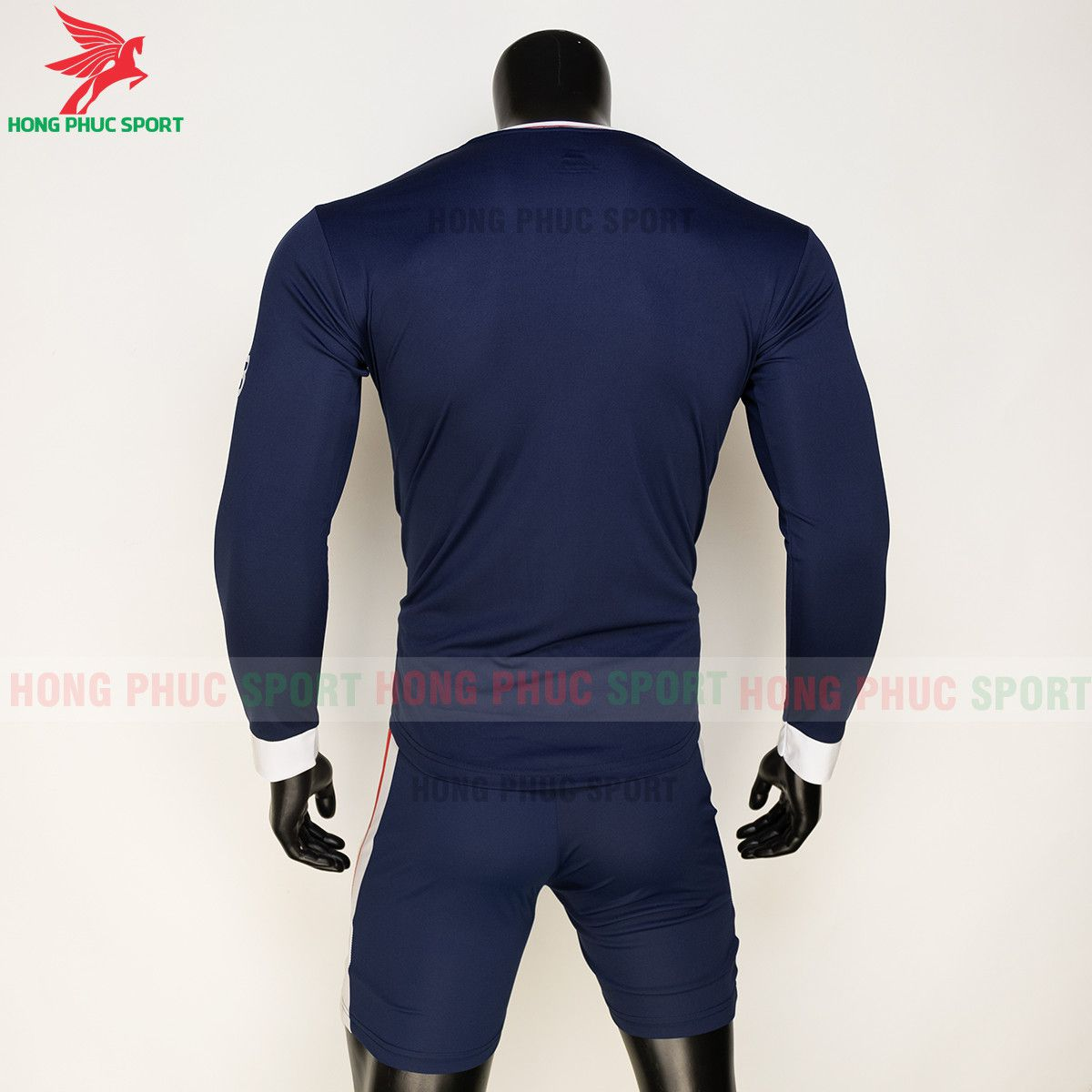 https://cdn.hongphucsport.com/unsafe/s4.shopbay.vn/files/285/ao-bong-da-dai-tay-psg-2021-22-san-nha-thun-lanh-615d58868fe37.jpg
