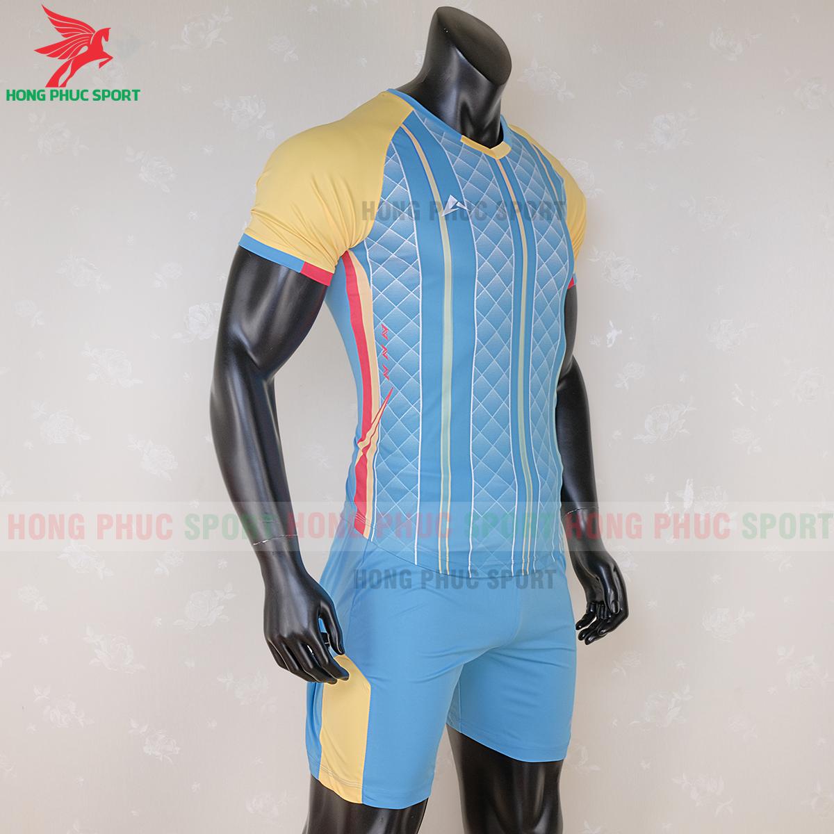 https://cdn.hongphucsport.com/unsafe/s4.shopbay.vn/files/285/ao-bong-da-khon-logo-kaiwin-zeus-mau-2-3-5f729a2a7dad8.png