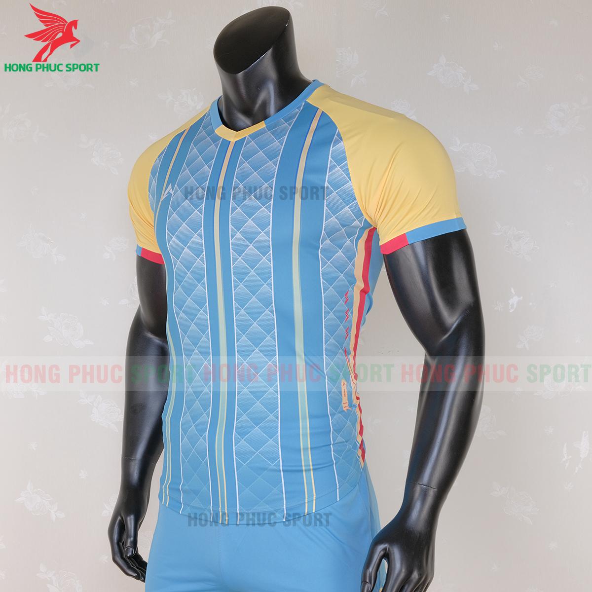 https://cdn.hongphucsport.com/unsafe/s4.shopbay.vn/files/285/ao-bong-da-khon-logo-kaiwin-zeus-mau-2-5-5f729a26736be.png