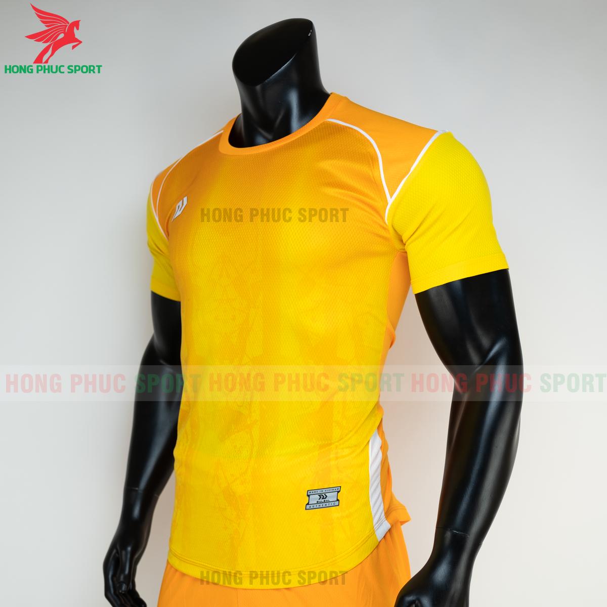 https://cdn.hongphucsport.com/unsafe/s4.shopbay.vn/files/285/ao-bong-da-khong-logo-bulbal-hades-mau-vang-3-604f31e9e5324.png