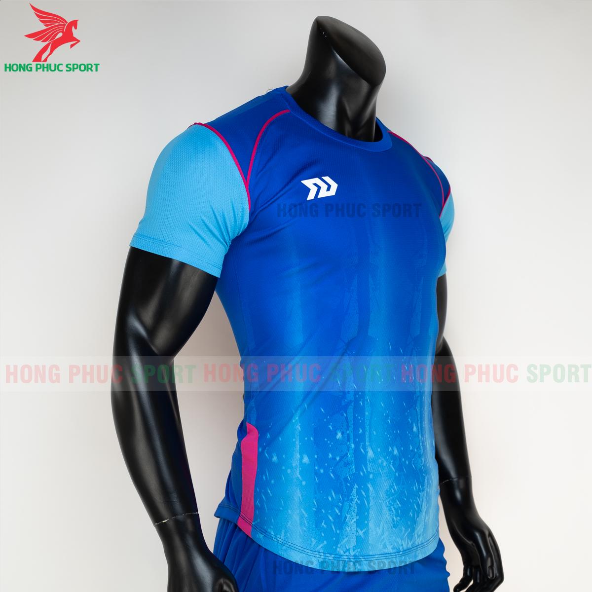 https://cdn.hongphucsport.com/unsafe/s4.shopbay.vn/files/285/ao-bong-da-khong-logo-bulbal-hades-mau-xanh-duong-5-604f32fb7b037.png