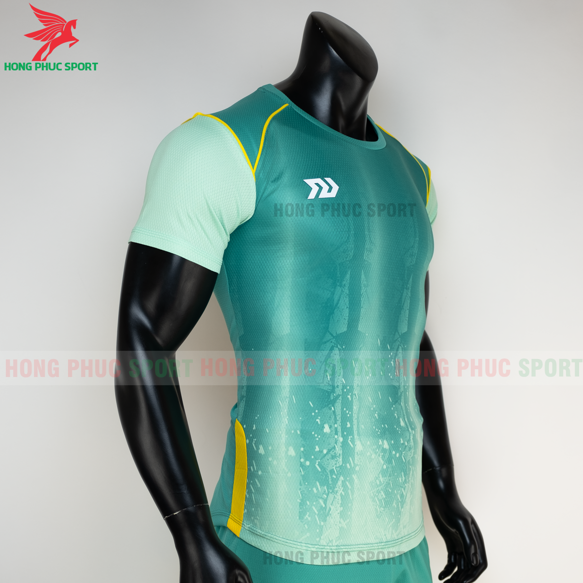 https://cdn.hongphucsport.com/unsafe/s4.shopbay.vn/files/285/ao-bong-da-khong-logo-bulbal-hades-mau-xanh-la-5-604f3434a3709.png