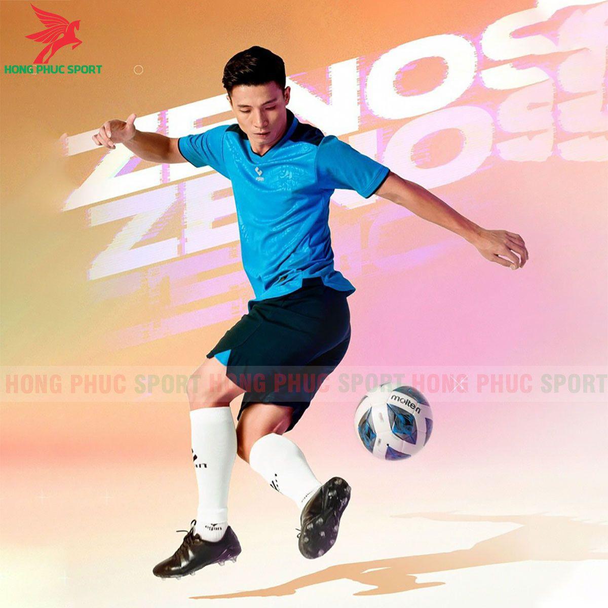 https://cdn.hongphucsport.com/unsafe/s4.shopbay.vn/files/285/ao-bong-da-khong-logo-egan-2021-zenos-xanh-da-troi-60f5436c05bda.jpg