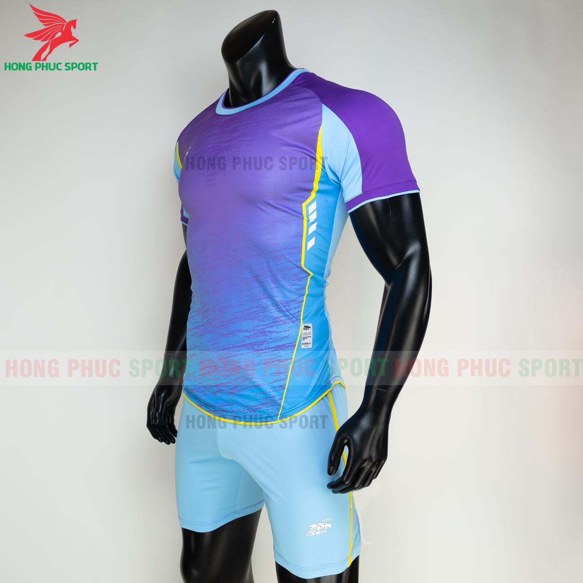 https://cdn.hongphucsport.com/unsafe/s4.shopbay.vn/files/285/ao-bong-da-khong-logo-riki-grambor-mau-xanh-da-4-60506185075cb.png