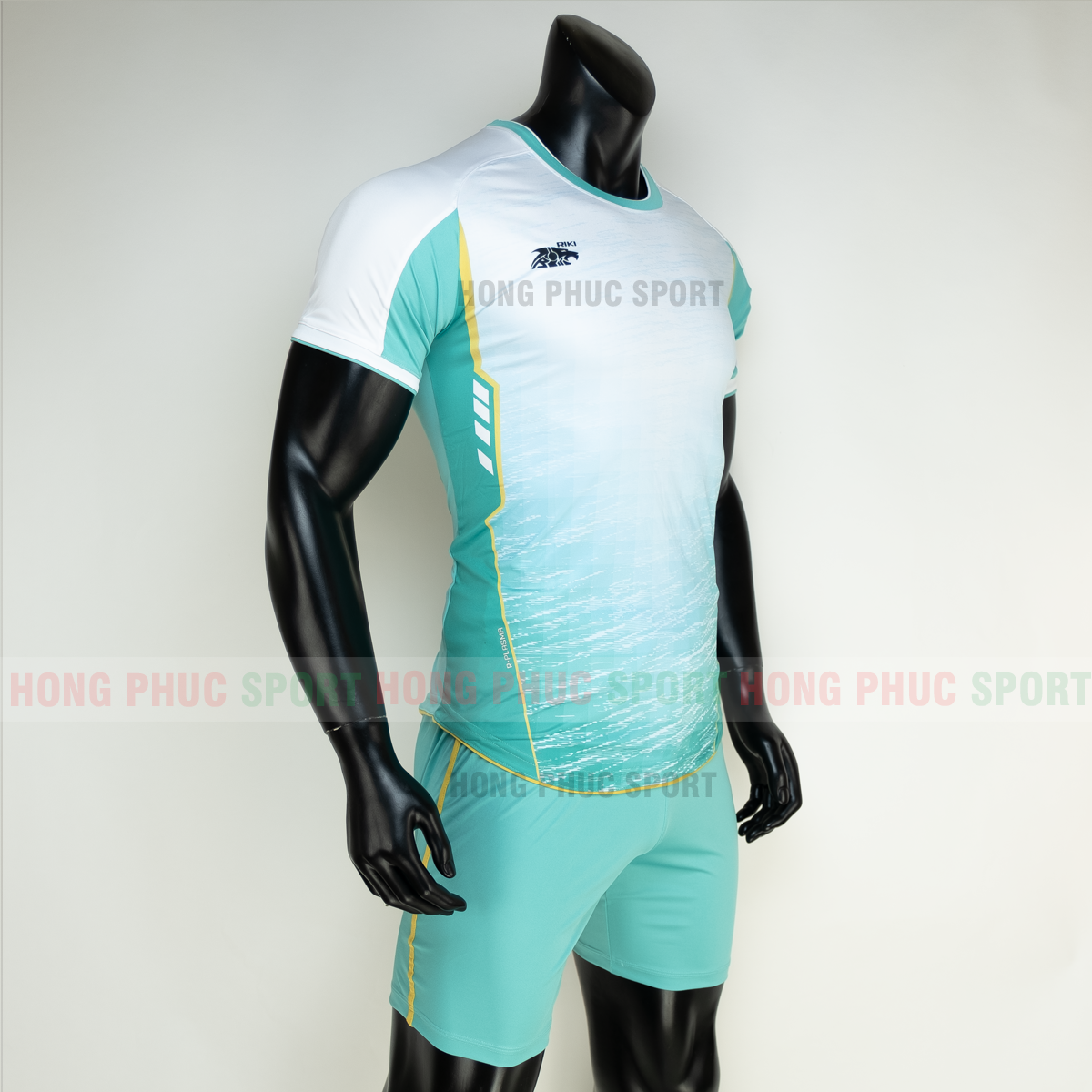 https://cdn.hongphucsport.com/unsafe/s4.shopbay.vn/files/285/ao-bong-da-khong-logo-riki-grambor-mau-xanh-ngoc-4-605061cc698b6.png