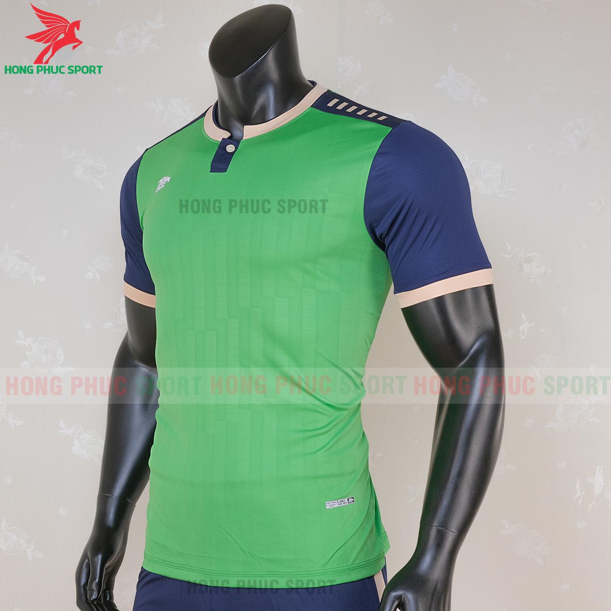 https://cdn.hongphucsport.com/unsafe/s4.shopbay.vn/files/285/ao-bong-da-khong-logo-riki-neck-xanh-la-cay-1-5f71aaa495f4b.png