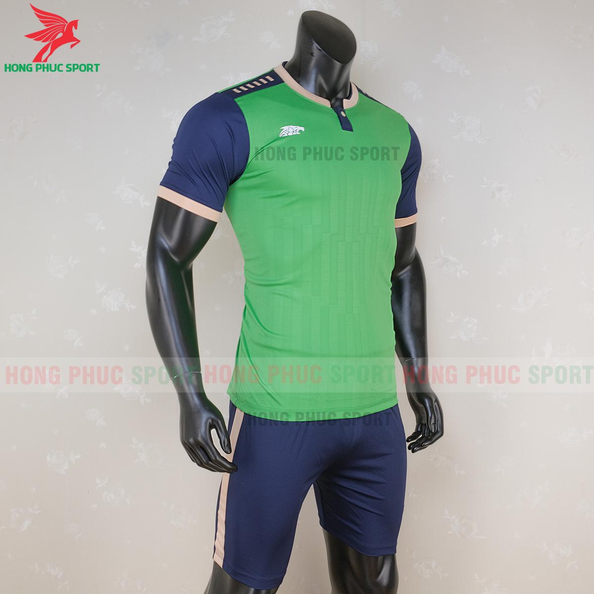 https://cdn.hongphucsport.com/unsafe/s4.shopbay.vn/files/285/ao-bong-da-khong-logo-riki-neck-xanh-la-cay-4-5f71aa9c0496e.png