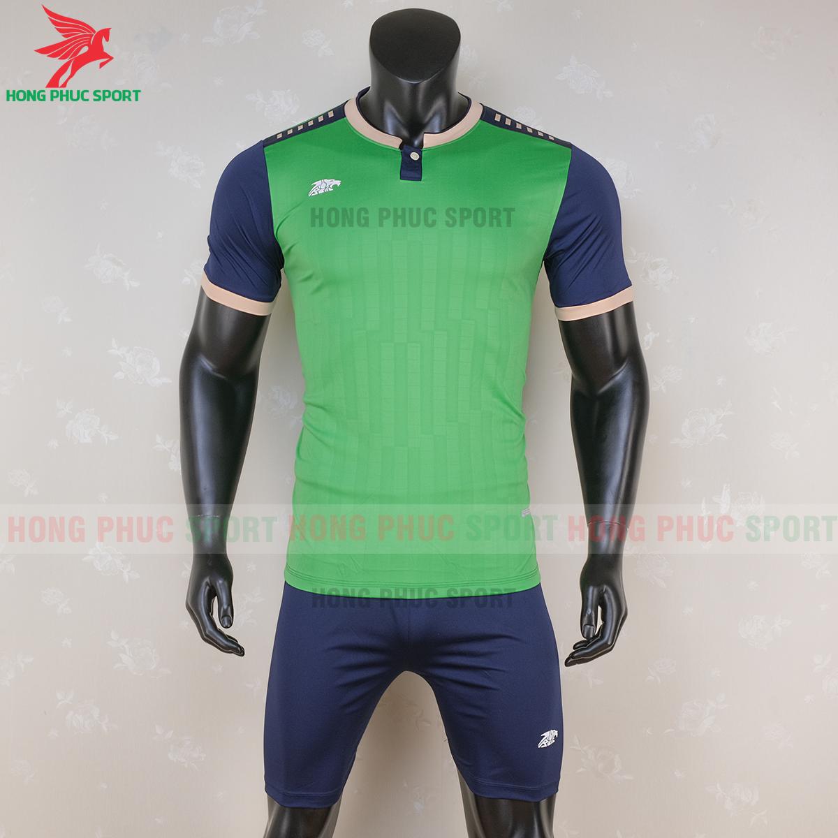 https://cdn.hongphucsport.com/unsafe/s4.shopbay.vn/files/285/ao-bong-da-khong-logo-riki-neck-xanh-la-cay-6-5f71aa96a173e.png