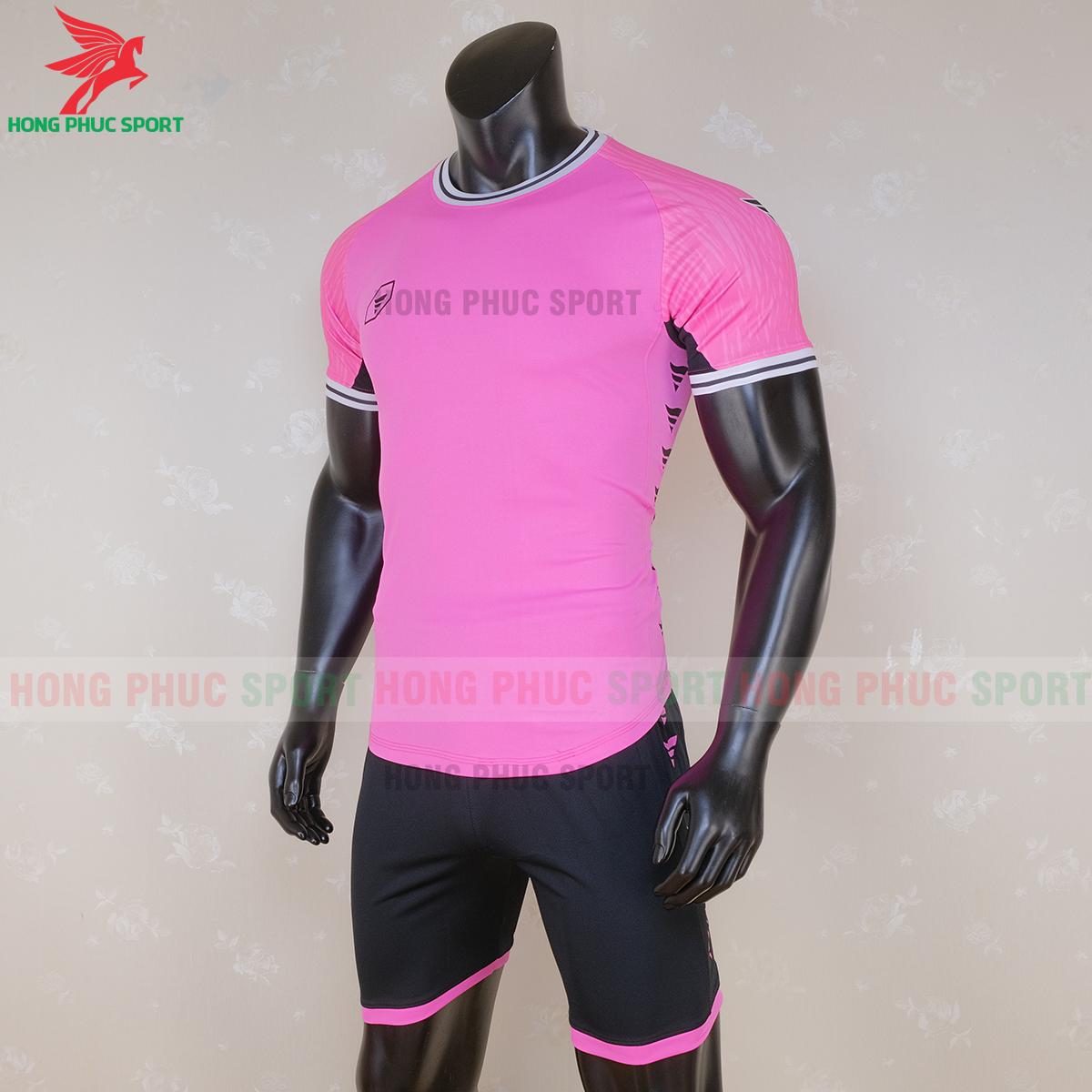 https://cdn.hongphucsport.com/unsafe/s4.shopbay.vn/files/285/ao-bong-da-khong-logo-ta-a06-mau-1-6-5f71bf8cf0ae8.png